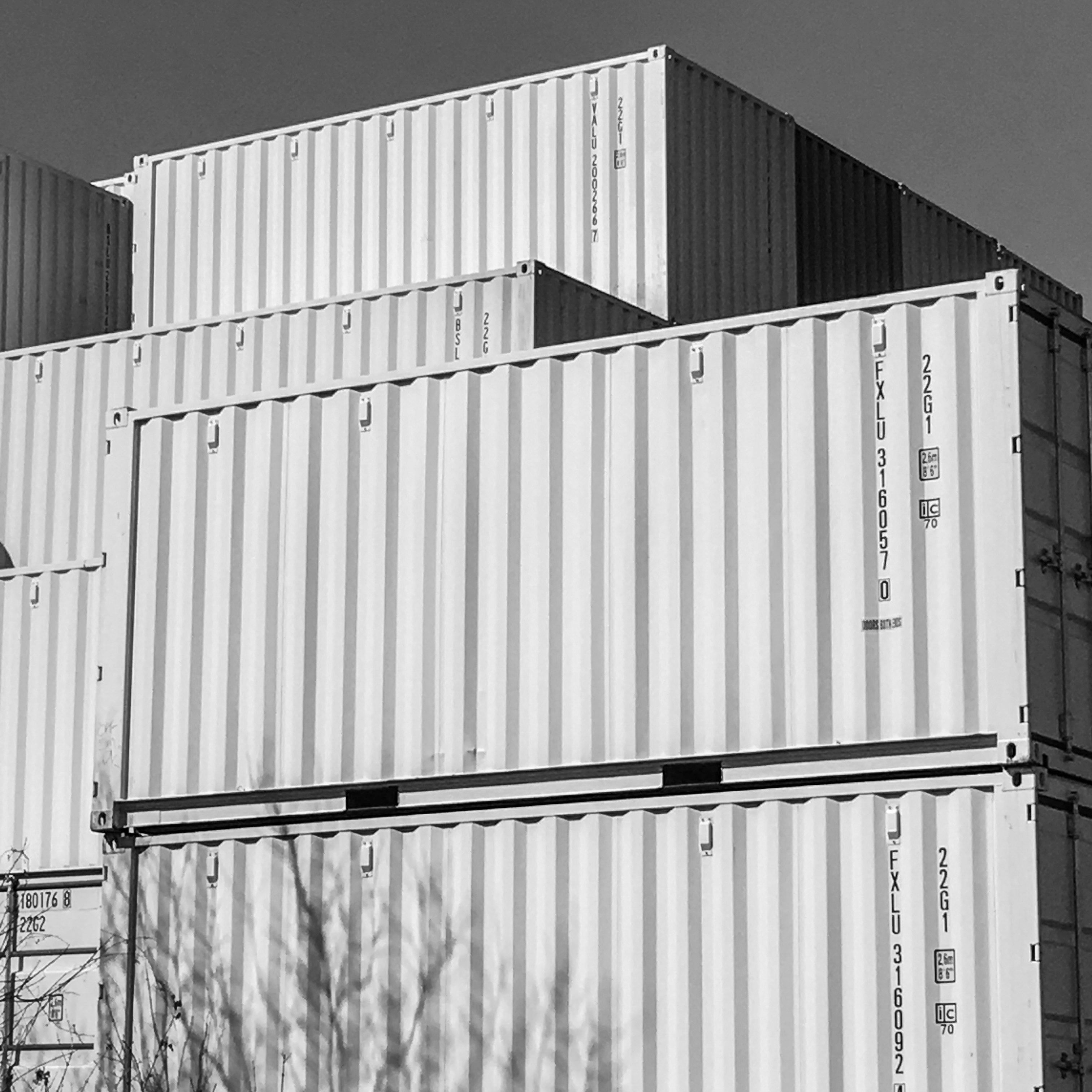 Giant Containers: Shipping